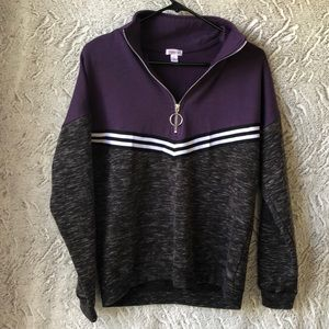 Woman's quarter zip